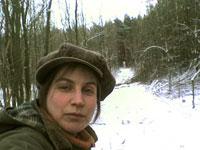 In Arbeitskluft im Wald